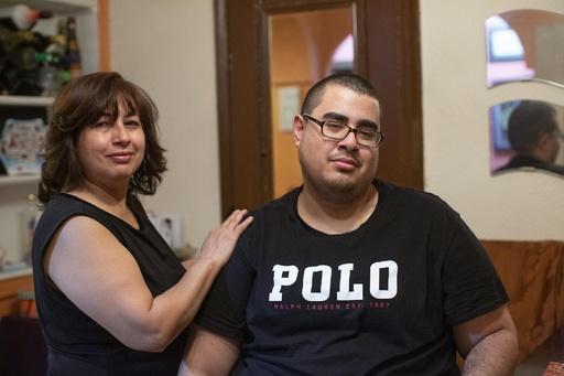 電子たばこ関連疾患で死の淵に…22歳の生還者が語る米社会問題