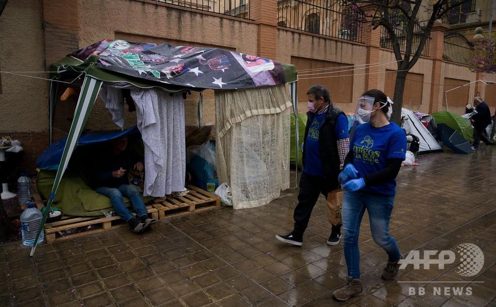 スペイン、コロナで1日に900人超死亡 2日連続