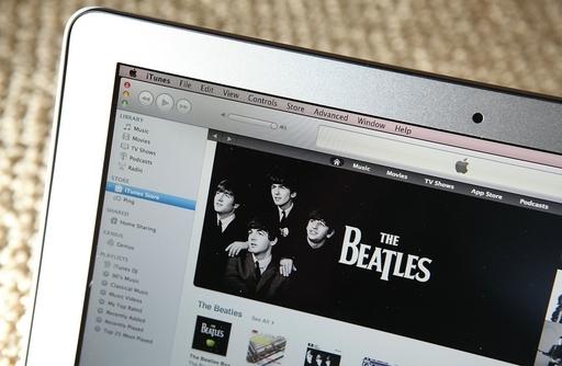 アップル、ビートルズ楽曲のネット販売開始