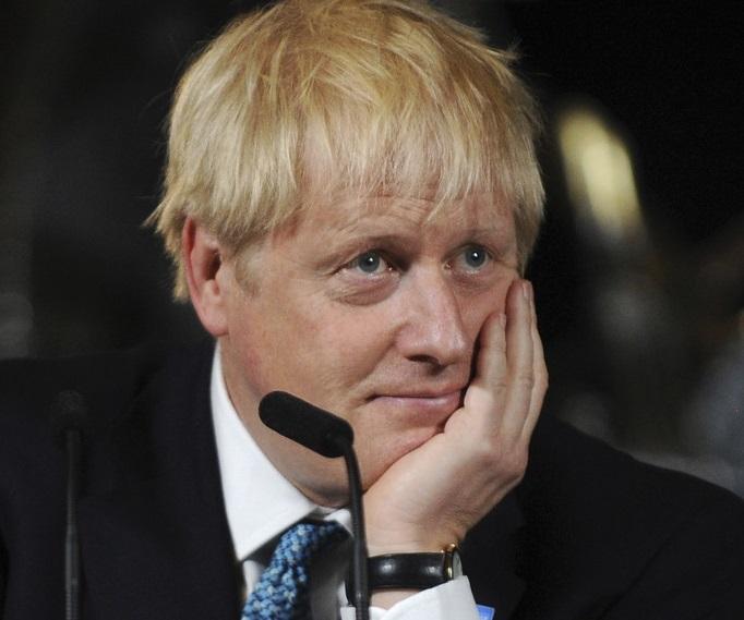 英新首相、対アイルランド国境に物理的な検問所設置しないと明言