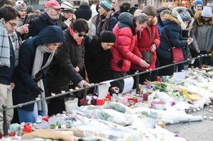 仏クリスマス市襲撃、死者5人に 犯人阻止試みたポーランド人