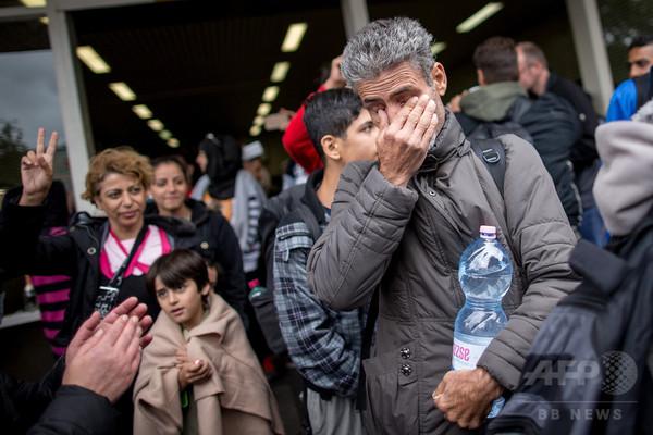 【写真特集】移民・難民の命がけの旅路