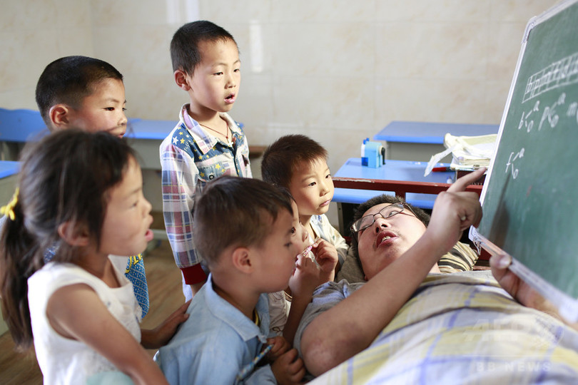 重度障害の若者が教える「おもいやり教室」、中国江蘇省