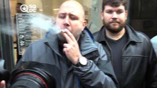 動画:大麻解禁のカナダ、各地で愛好家らが歓喜