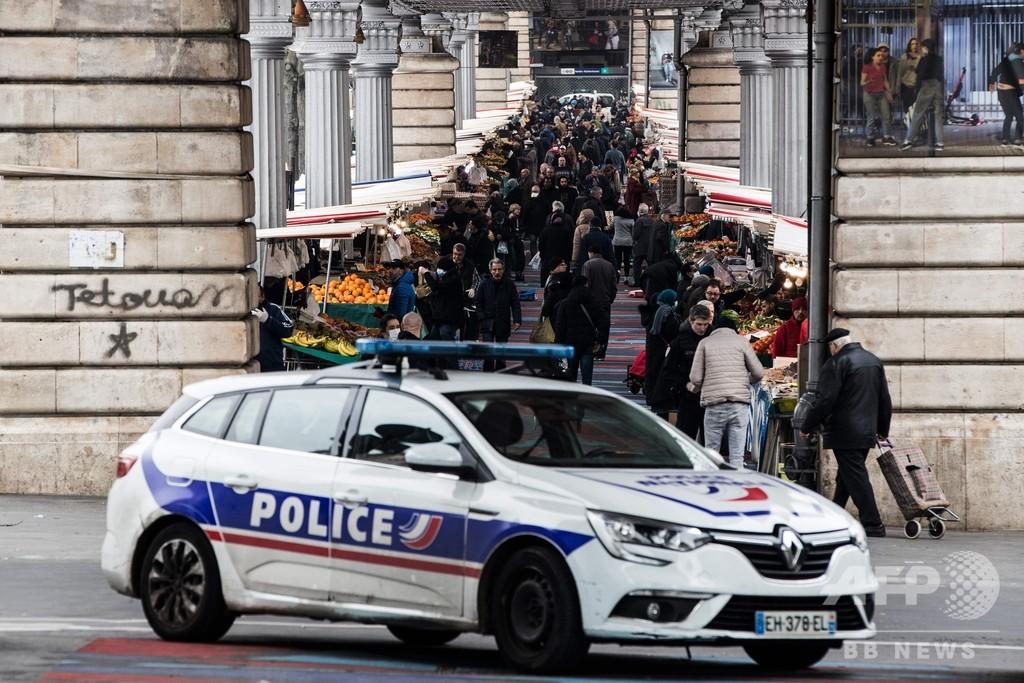 フランス、外出制限の違反者4000人超に罰金命じる