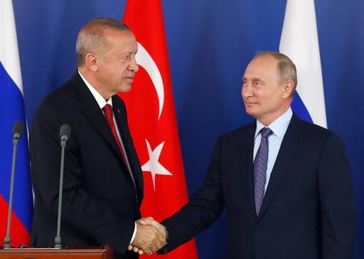 ロシア・トルコ首脳、シリアでの戦闘に「深い懸念」共有