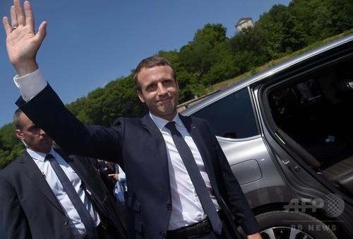 仏下院選の最終結果判明、マクロン派が約6割の議席獲得