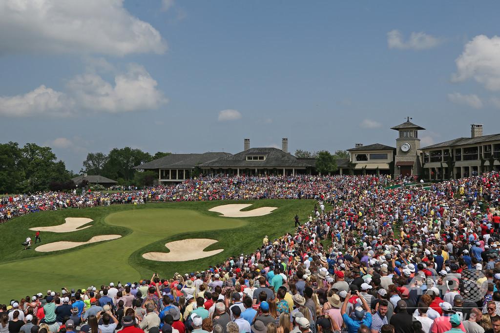 ハイテクバッジで距離確保、米ゴルフツアーが新型コロナ対策