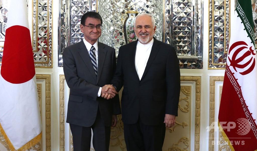 河野外相、安倍首相と共にイラン訪問 ザリフ外相と会談