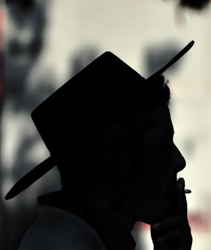 チリ首都の高級住宅地、屋外公共スペースを禁煙に 南米では異例