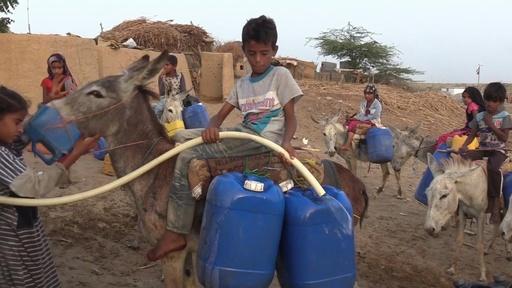 動画:新型コロナ予防の手洗い、数百万人の手に届かないぜいたく イエメン