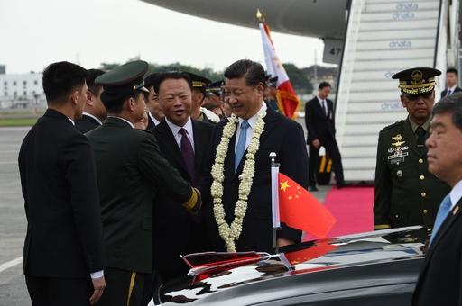 習氏が比を公式訪問、中国首脳として13年ぶり 関係強化目指す