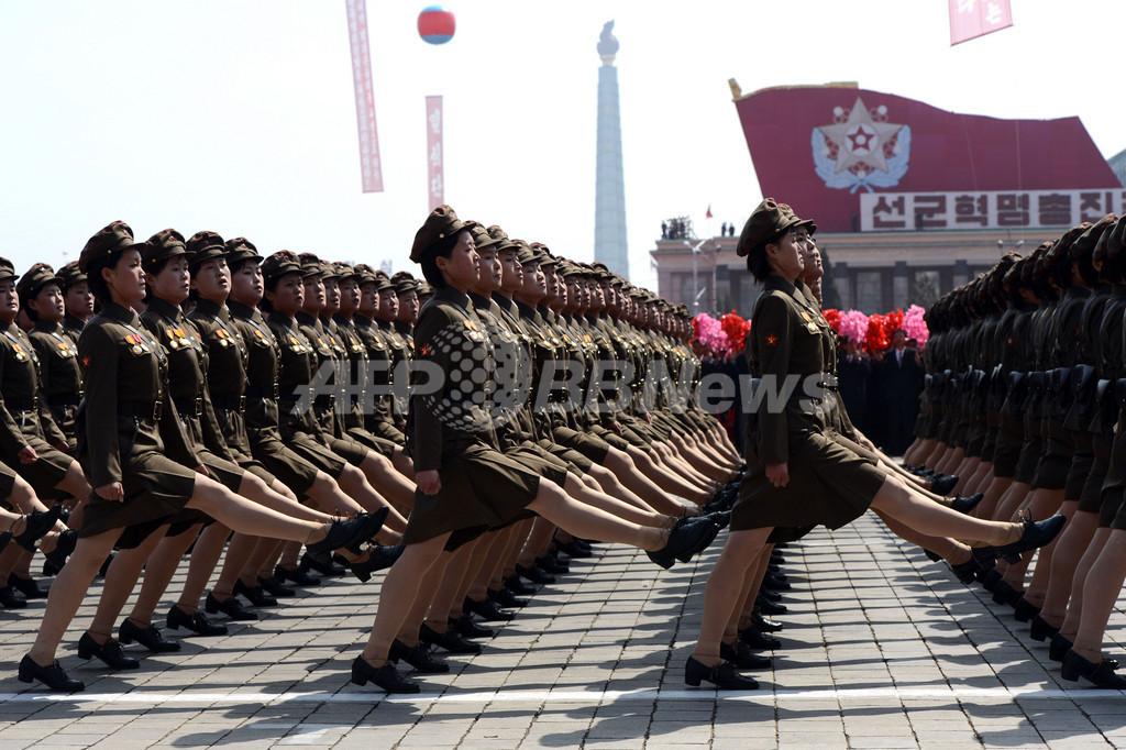 【写真特集】故金日成主席の生誕100年を祝う軍事パレード、北朝鮮