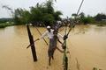 バングラデシュに豪雨、ロヒンギャ難民40万人超に追い打ち