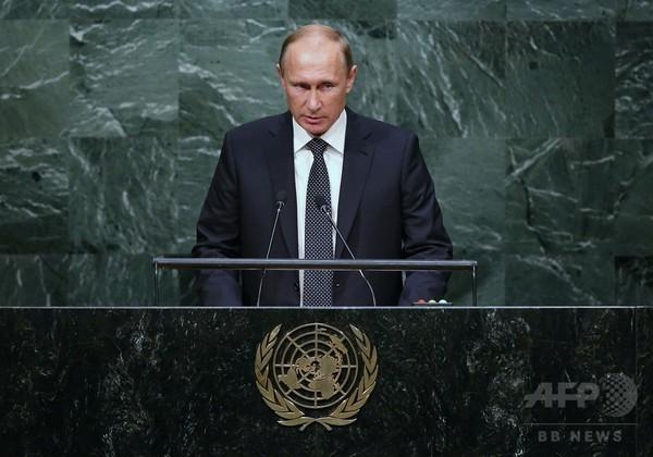 ロシア大統領、シリア空爆を検討と表明 「国際法の規範内で」