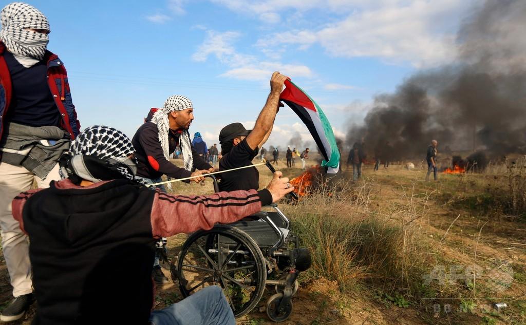 ヘリに攻撃され両足失っても抗議続けたガザ地区の男性、デモ中に撃たれ死亡