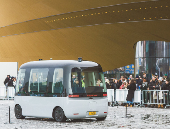 フィンランドで実験走行を開始!自動運転シャトルバスGACHAが行く。