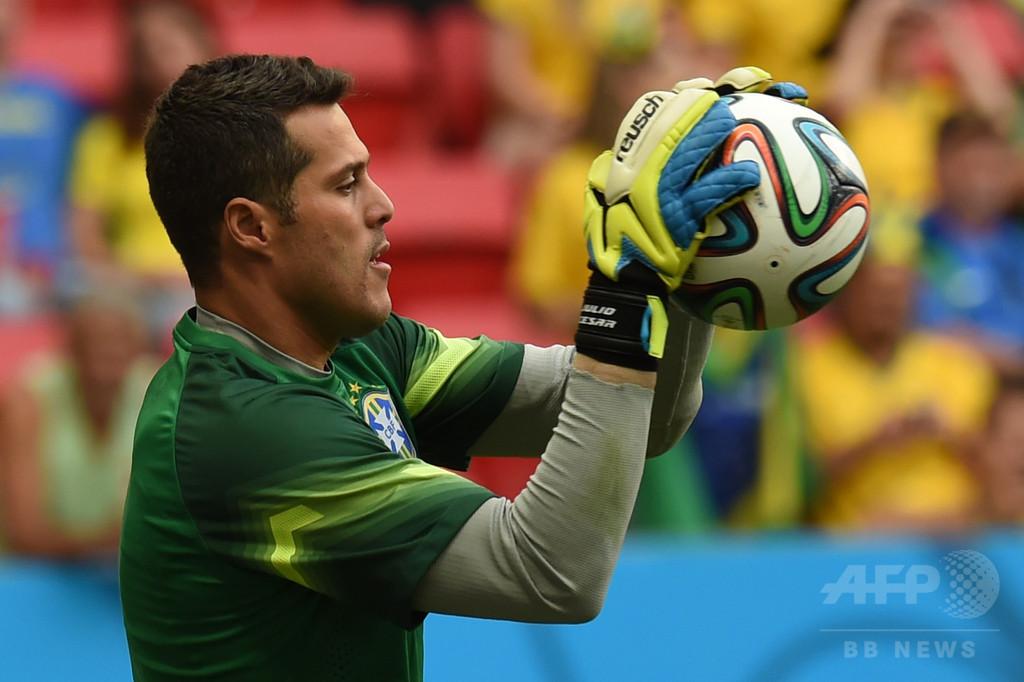 元ブラジル代表GKジュリオ・セザールがベンフィカへ 写真1枚 国際 ...