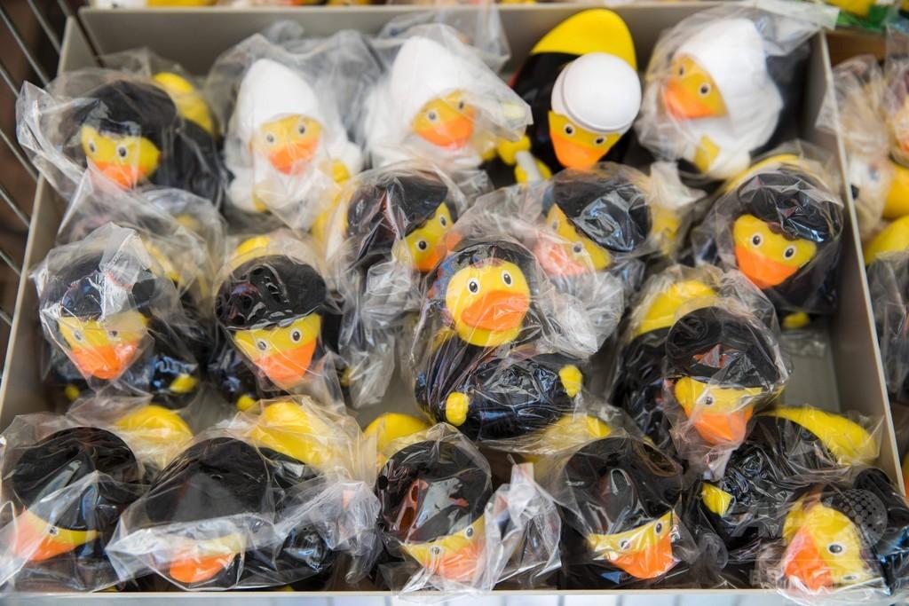 【ドイツ】宗教改革500年…ルター人形、異例の売れ行き 出荷数100万個を記録 [無断転載禁止]©2ch.net->画像>58枚