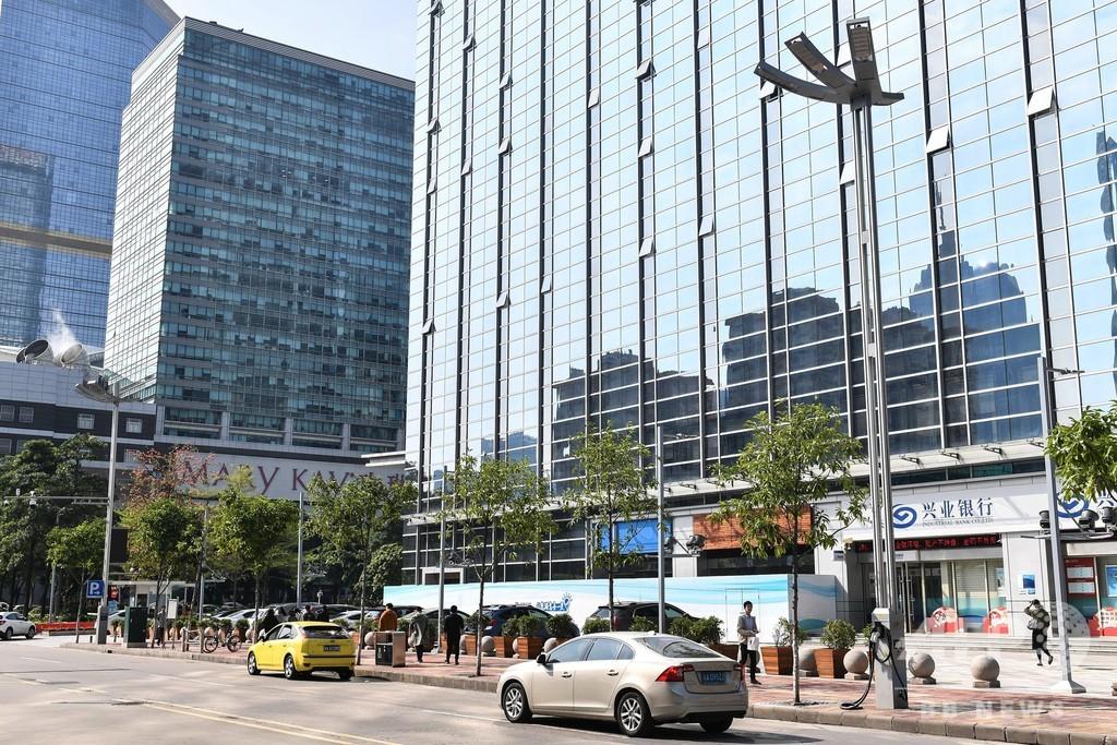 広州でスマート街灯が試用開始 監視カメラや電気自動車の充電も