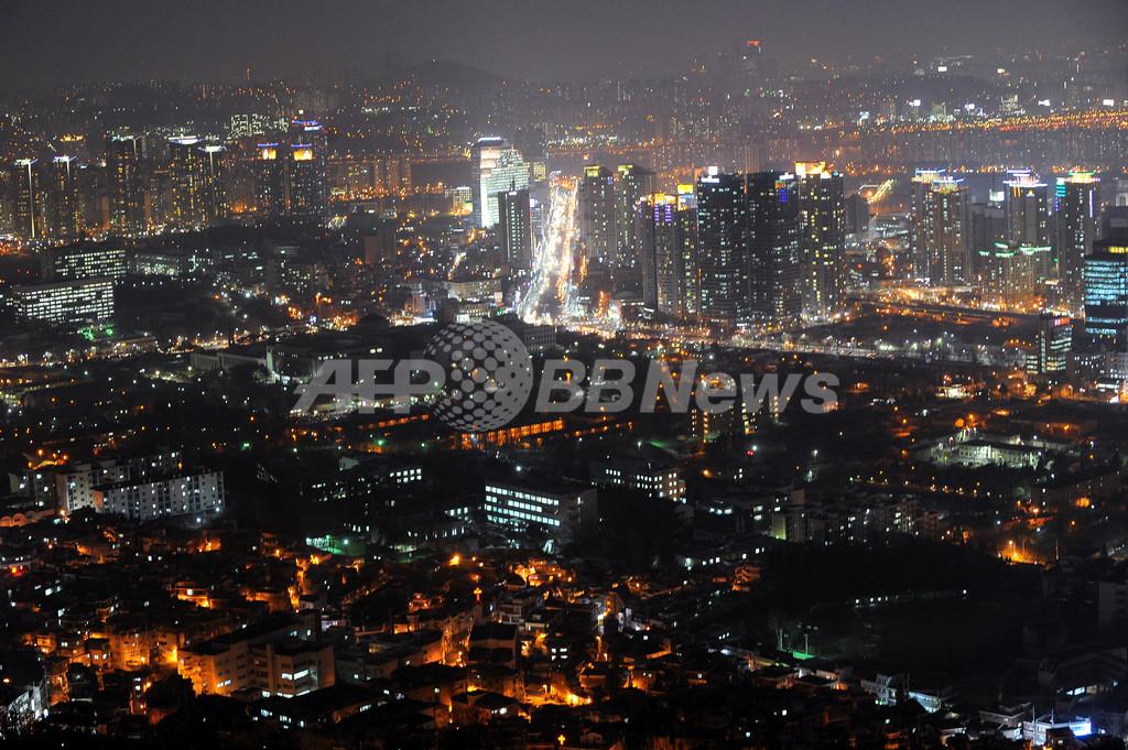 ソウルの高層ビルで原因不明の揺れ10分、数百人が避難