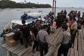 バリ島の観光船で爆発、外国人2人死亡 18人負傷