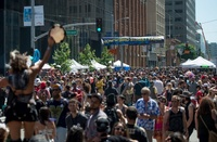 自由で開放的なフェス開催、サンフランシスコ