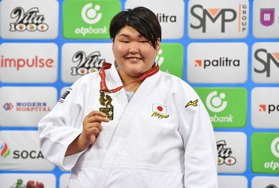 朝比奈が女子78キロ超級で金メダル、世界柔道選手権