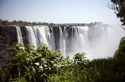 ジンバブエで「エデンの園」!?建設計画、観光振興を目指す