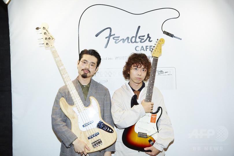 オカモトズや真島昌利らのギターも展示、「MY FIRST FENDER」展10/3まで