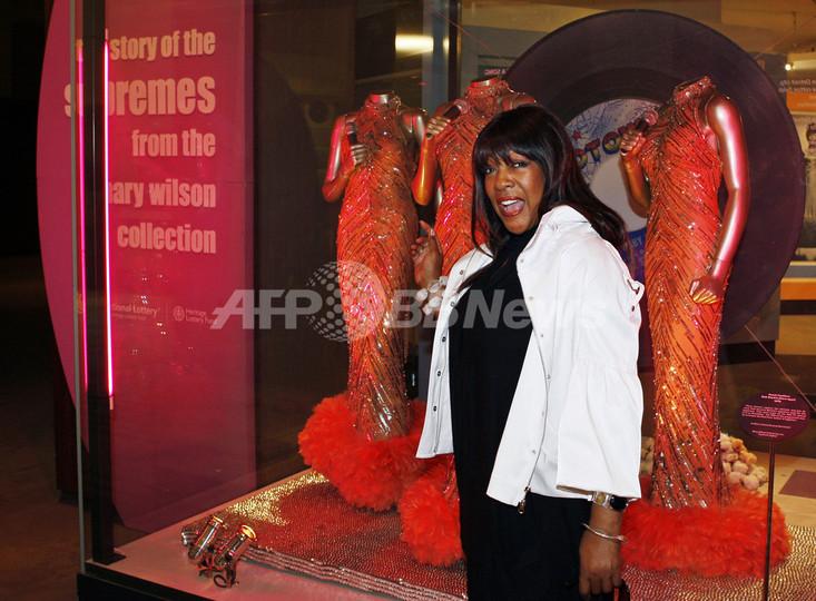 ヴィクトリア&アルバート美術館で「ザ・シュープリームス」展開催