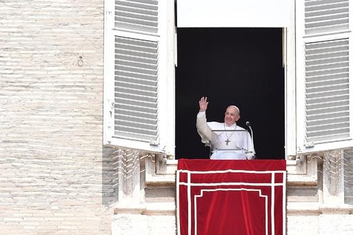 法王、気候変動阻止目指し「ライフスタイルの変更」呼び掛け