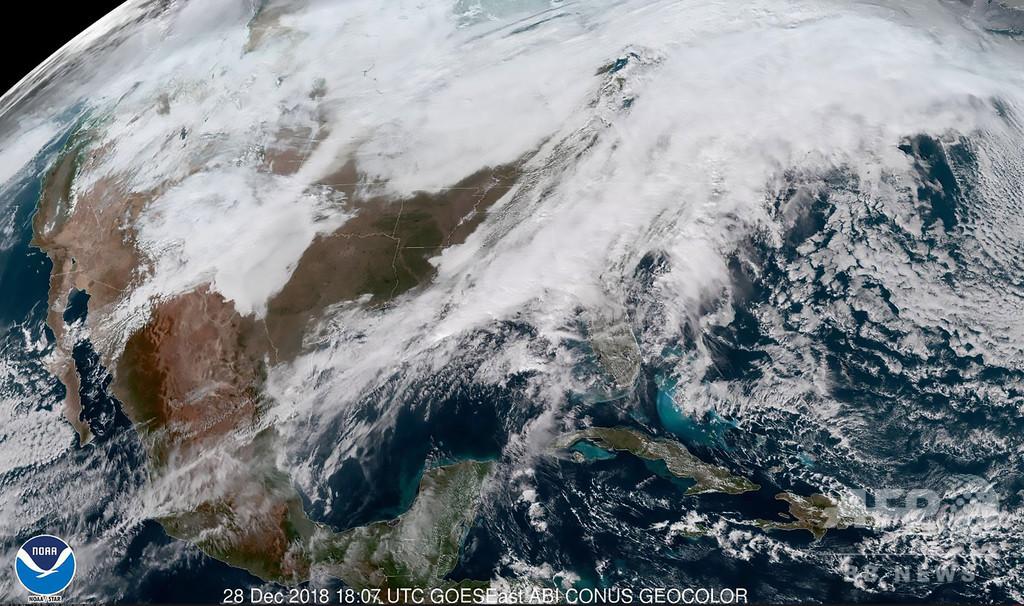 米国で冬の嵐、少なくとも7人死亡