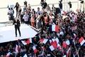 仏大統領選まで2週間、極左候補が急浮上 ますます予想不能に