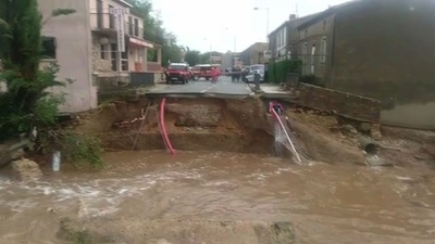 動画:仏南西部、豪雨による河川氾濫で13人死亡