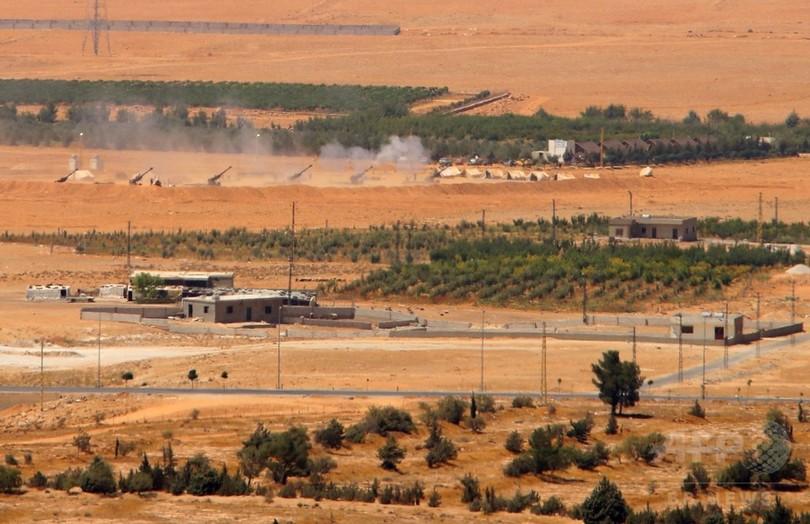 レバノン軍、シリア国境近くでIS掃討作戦を開始