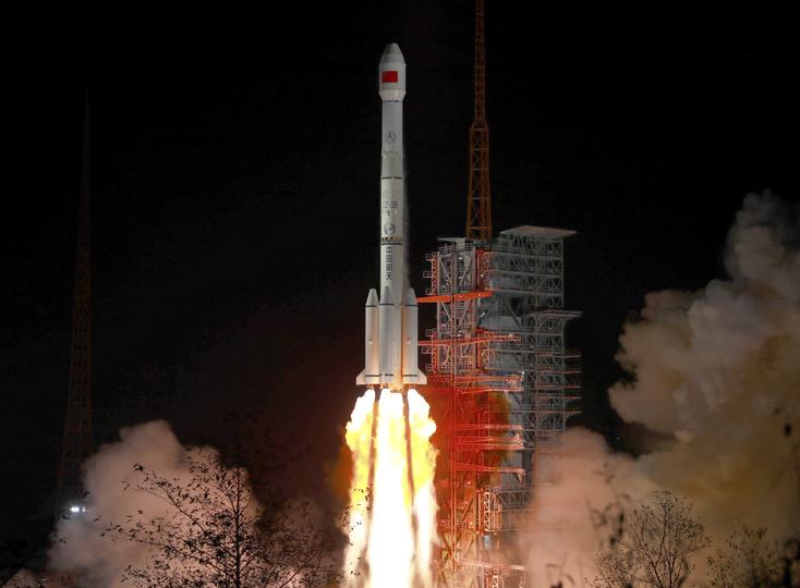 中国、通信放送衛星「中星2D」打ち上げ成功