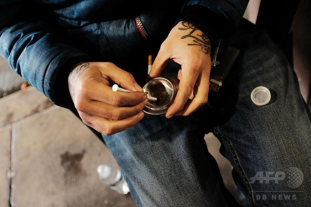 オピオイド系薬物の過剰摂取、1年で30%増 米CDC報告書