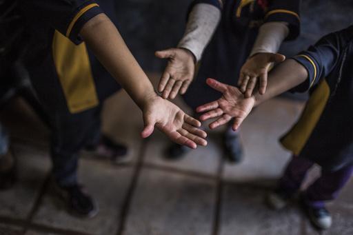 里親を必要とする子どものショーに「まるで奴隷市場」と非難殺到、ブラジル