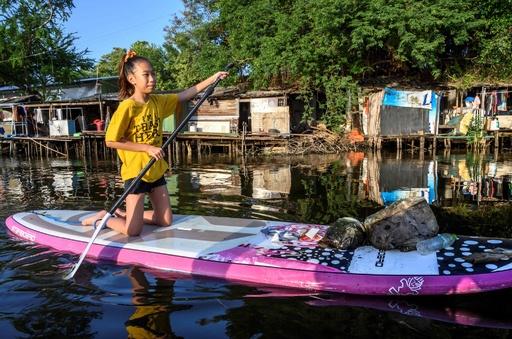 プラスチックごみと闘う12歳、タイのトゥンベリさん「リリー」
