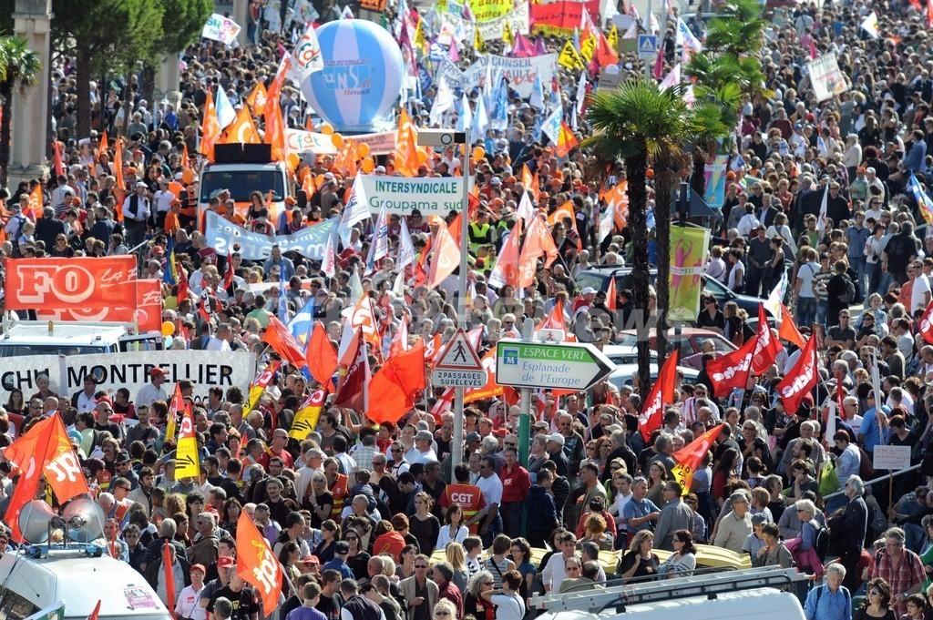 フランス全土で年金制度改革法案への抗議デモ、過去最大規模