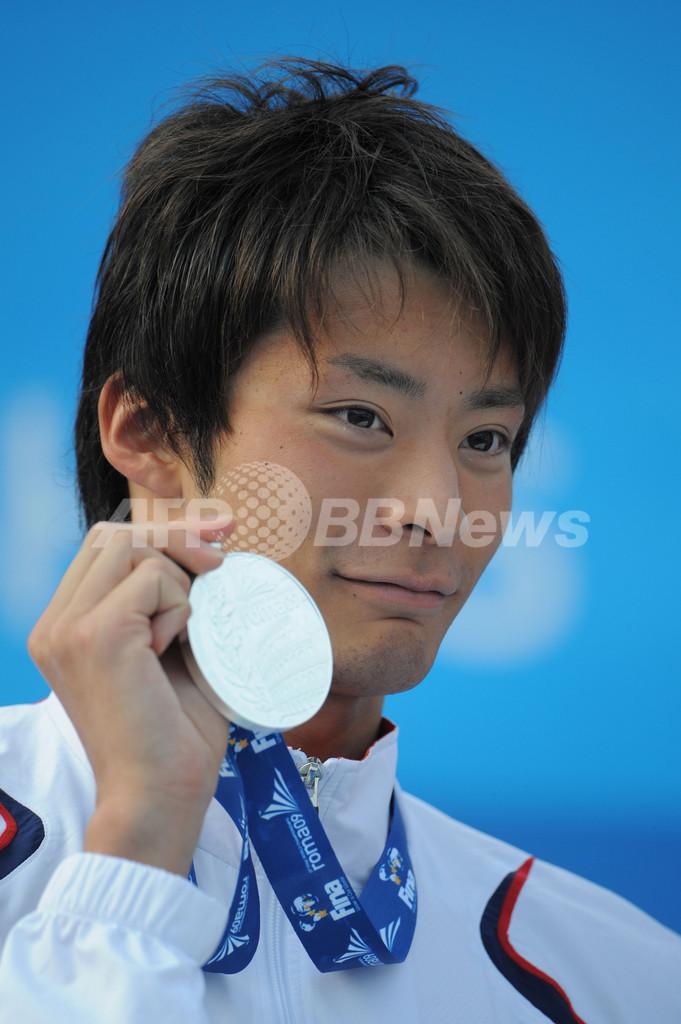 入江 男子200メートル背泳ぎで銀メダルを獲得 ピアソルが世界新、世界水泳