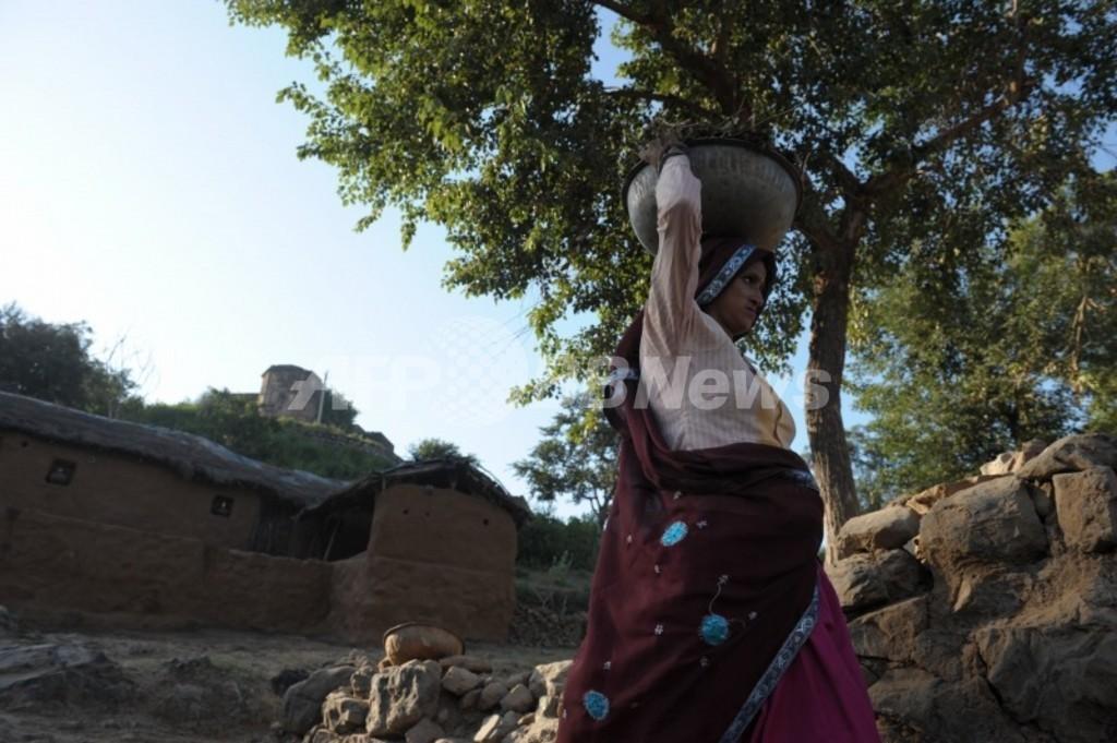 「不実な娘許さぬ」、父親が娘を斬首・焼殺 インド