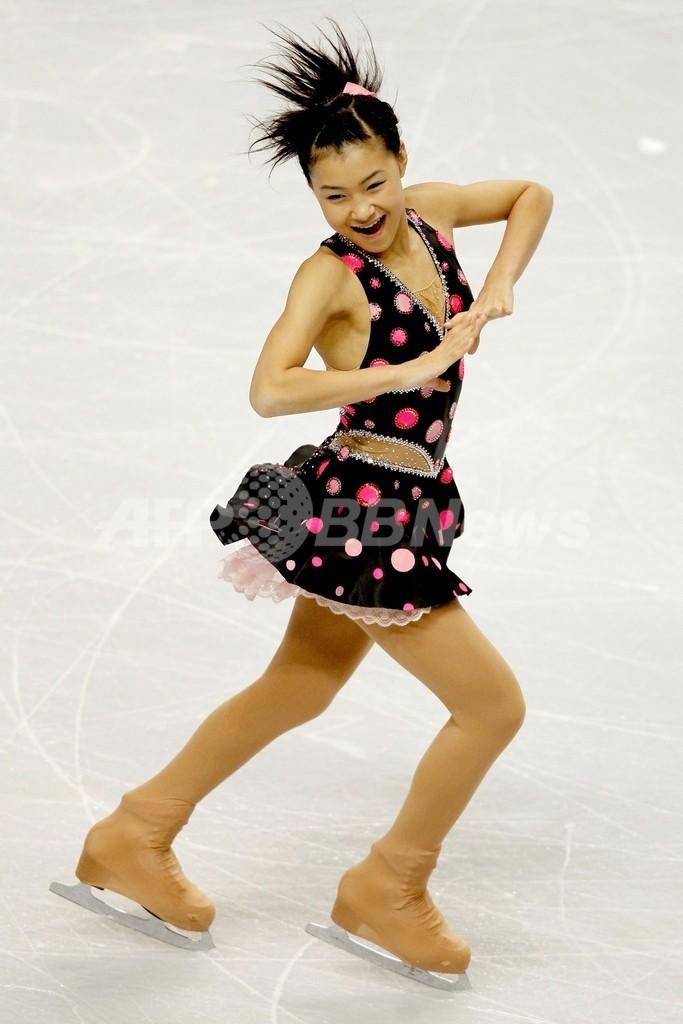村上佳菜子、SP2位 スケート・アメリカ