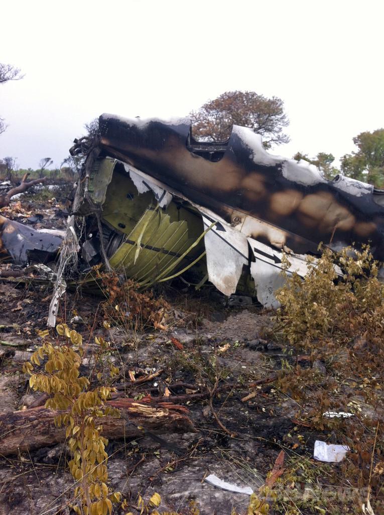 33人死亡のモザンビーク航空機事故、「機長が意図的に墜落させた」