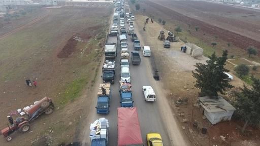 動画:爆撃激化で23万人以上が避難 シリア北西部