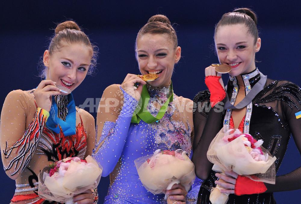 カナエワが個人種目完全制覇 日高は15位に、世界新体操 写真20 ...