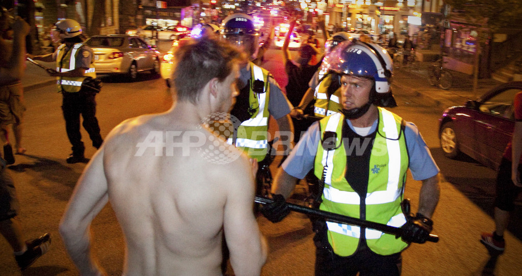 学費値上げに反対するカナダの学生デモ、100日越える 1夜で700人逮捕