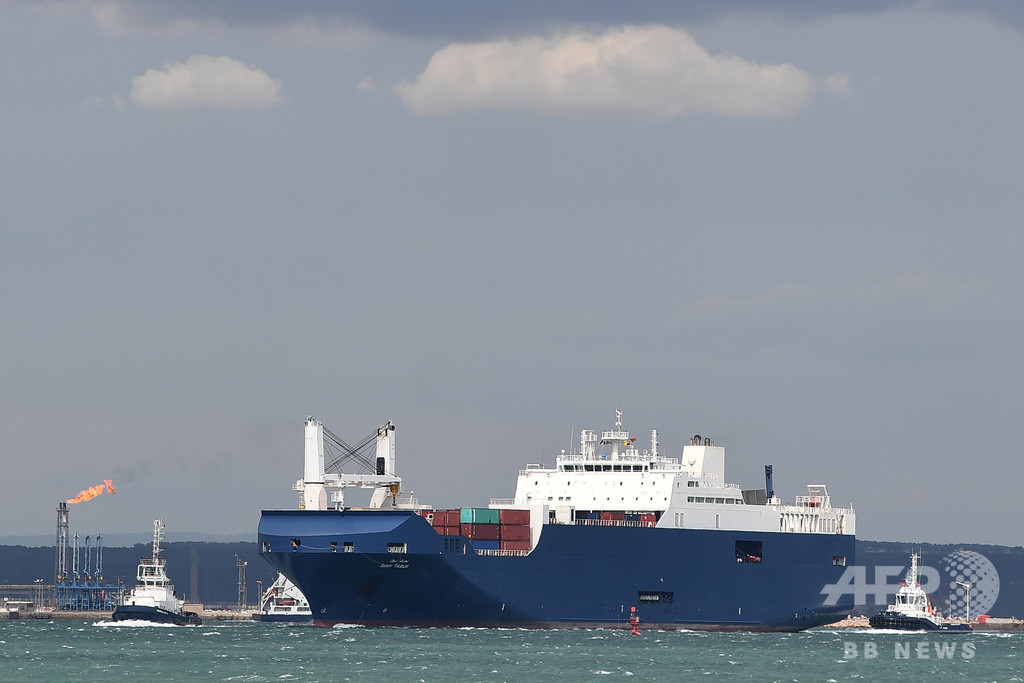 サウジ船が南仏の港に到着、仏製兵器を積載か 報道で批判強まる