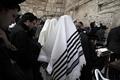 「嘆きの壁」で雨乞い 今冬も水不足のイスラエル